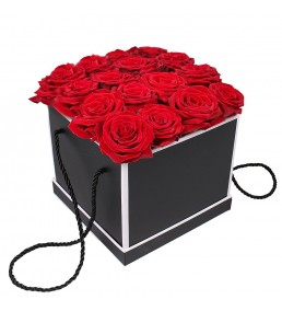Kutuda 15 Kırmızı Gül
